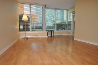 "Photo 4: 521 6028 WILLINGDON Avenue in Burnaby: Metrotown Condo for sale in ""The Crystal"" (Burnaby South)  : MLS®# R2022649"