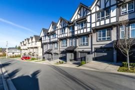 "Photo 19: 44 1338 HAMES Crescent in Coquitlam: Burke Mountain Townhouse for sale in ""FARRINGTON PARK"" : MLS®# R2048770"