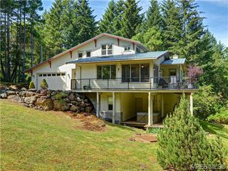 Photo 1: 636 Gowlland Rd in VICTORIA: Hi Western Highlands Single Family Detached for sale (Highlands)  : MLS®# 731685