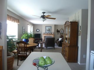 """Photo 3: 3 32821 6TH Avenue in Mission: Mission BC Townhouse for sale in """"MAPLE MANOR"""" : MLS®# R2098093"""