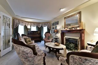 Photo 3: 15762 92A Avenue in Surrey: Fleetwood Tynehead House for sale : MLS®# R2120115