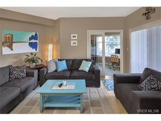 Photo 2: 204 821 Goldstream Ave in VICTORIA: La Langford Proper Condo for sale (Langford)  : MLS®# 751757