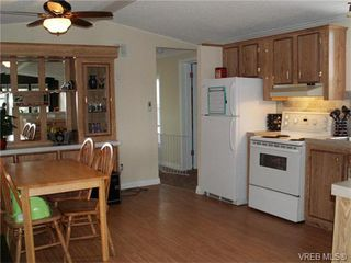 Photo 3: B35 920 Whittaker Rd in MALAHAT: ML Mill Bay Manufactured Home for sale (Malahat & Area)  : MLS®# 752139