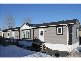 Photo 1: 16 Timber lane Street in St Clements: Pineridge Trailer Park Residential for sale (R02)  : MLS®# 1705052