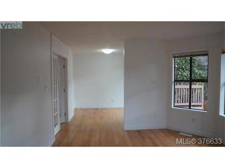 Photo 7: 4 4580 West Saanich Rd in VICTORIA: SW Royal Oak Row/Townhouse for sale (Saanich West)  : MLS®# 756094