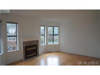 Photo 6: 4 4580 West Saanich Rd in VICTORIA: SW Royal Oak Row/Townhouse for sale (Saanich West)  : MLS®# 756094