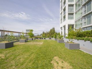 "Photo 20: 2003 958 RIDGEWAY Avenue in Coquitlam: Central Coquitlam Condo for sale in ""THE AUSTIN"" : MLS®# R2162299"