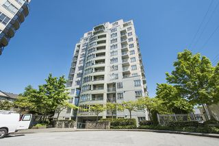 """Main Photo: 306 3489 ASCOT Place in Vancouver: Collingwood VE Condo for sale in """"REGENT COURT"""" (Vancouver East)  : MLS®# R2169203"""