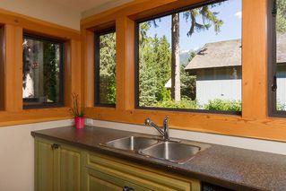 """Photo 8: 6810 BEAVER Lane in Whistler: Whistler Cay Estates House for sale in """"Whistler Cay"""" : MLS®# R2170986"""