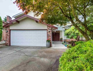 Photo 1: 2924 ROSEGLEN Court in Burnaby: Montecito House for sale (Burnaby North)  : MLS®# R2179852