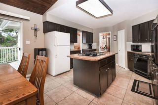 Photo 9: 2924 ROSEGLEN Court in Burnaby: Montecito House for sale (Burnaby North)  : MLS®# R2179852