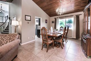 Photo 5: 2924 ROSEGLEN Court in Burnaby: Montecito House for sale (Burnaby North)  : MLS®# R2179852