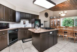 Photo 2: 2924 ROSEGLEN Court in Burnaby: Montecito House for sale (Burnaby North)  : MLS®# R2179852