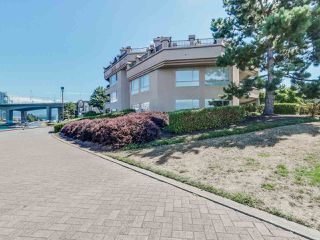 "Photo 3: 116 1859 SPYGLASS Place in Vancouver: False Creek Condo for sale in ""REGATTA"" (Vancouver West)  : MLS®# R2181553"
