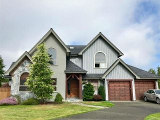 Photo 1: 913 Heritage Meadow Dr in CAMPBELL RIVER: CR Campbell River Central House for sale (Campbell River)  : MLS®# 767393