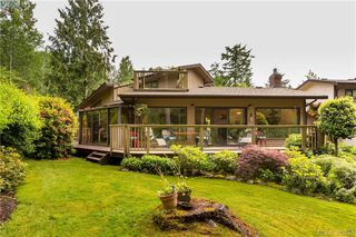 Photo 1: 15 1255 Wain Rd in NORTH SAANICH: NS Sandown Row/Townhouse for sale (North Saanich)  : MLS®# 770834