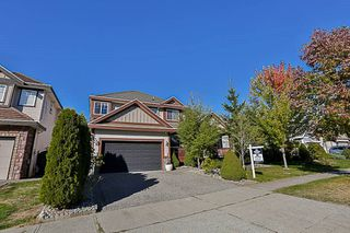 Photo 3: 16709 63B Avenue in Surrey: Cloverdale BC House for sale (Cloverdale)  : MLS®# R2209616