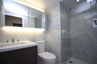Photo 10: 4210 13696 100 Avenue in Surrey: Whalley Condo for sale (North Surrey)  : MLS®# R2217562