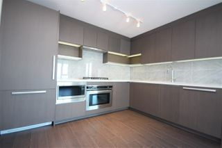 Photo 4: 4210 13696 100 Avenue in Surrey: Whalley Condo for sale (North Surrey)  : MLS®# R2217562