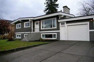 Photo 2: 46642 ANDREWS Avenue in Chilliwack: Chilliwack E Young-Yale House for sale : MLS®# R2221862