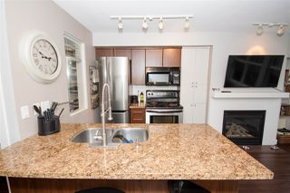 "Photo 3: 208 3250 ST JOHNS Street in Port Moody: Port Moody Centre Condo for sale in ""The Square"" : MLS®# R2223763"