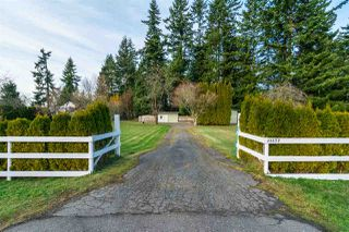Photo 2: 23377 47 Avenue in Langley: Salmon River House for sale : MLS®# R2228603