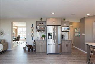 Photo 6: 2 JOYNSON Crescent in Winnipeg: Charleswood Residential for sale (1H)  : MLS®# 1802105