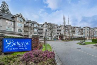 "Photo 2: 207 960 LYNN VALLEY Road in North Vancouver: Lynn Valley Condo for sale in ""Balmoral House"" : MLS®# R2239386"