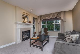 "Photo 4: 207 960 LYNN VALLEY Road in North Vancouver: Lynn Valley Condo for sale in ""Balmoral House"" : MLS®# R2239386"
