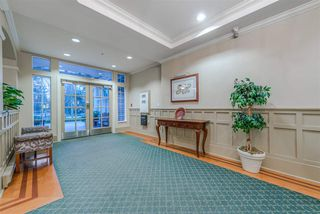 "Photo 3: 207 960 LYNN VALLEY Road in North Vancouver: Lynn Valley Condo for sale in ""Balmoral House"" : MLS®# R2239386"