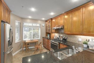 "Photo 4: 5372 LARCH Street in Vancouver: Kerrisdale Townhouse for sale in ""LARCHWOOD"" (Vancouver West)  : MLS®# R2239584"