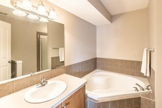 Photo 19: 403 CIMARRON Boulevard: Okotoks House for sale : MLS®# C4170215