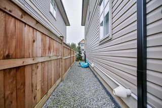 Photo 19: 20436 84 AVENUE in Langley: Willoughby Heights Condo for sale : MLS®# R2238079