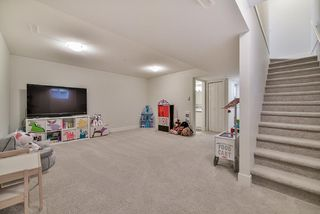 Photo 14: 20436 84 AVENUE in Langley: Willoughby Heights Condo for sale : MLS®# R2238079