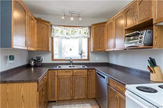Photo 5: 148 Vryenhoek Crescent in Winnipeg: North Kildonan Residential for sale (3F)  : MLS®# 1807282