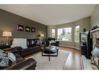 Photo 4: 26594 28A AVENUE in Langley: Aldergrove Langley House for sale : MLS®# R2253889