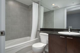 "Photo 12: 1707 39 SIXTH Street in New Westminster: Downtown NW Condo for sale in ""QUANTUM"" : MLS®# R2262305"