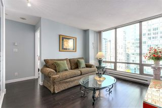 "Photo 2: 1701 1200 W GEORGIA Street in Vancouver: West End VW Condo for sale in ""THE RESIDENCES ON GEORGIA"" (Vancouver West)  : MLS®# R2264060"