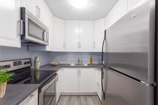 """Photo 7: 102 1950 E 11TH Avenue in Vancouver: Grandview VE Condo for sale in """"LAKEVIEW PLACE"""" (Vancouver East)  : MLS®# R2265085"""