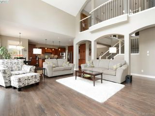 Photo 3: 4959 Haliburton Terr in VICTORIA: SE Cordova Bay Single Family Detached for sale (Saanich East)  : MLS®# 786451