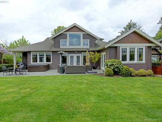 Photo 19: 4959 Haliburton Terr in VICTORIA: SE Cordova Bay Single Family Detached for sale (Saanich East)  : MLS®# 786451