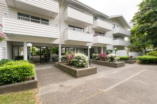"Photo 25: 205 707 EIGHTH Street in New Westminster: Uptown NW Condo for sale in ""The Diplomat"" : MLS®# R2273026"