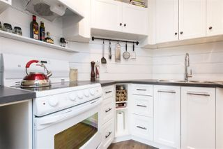 "Photo 11: 205 707 EIGHTH Street in New Westminster: Uptown NW Condo for sale in ""The Diplomat"" : MLS®# R2273026"