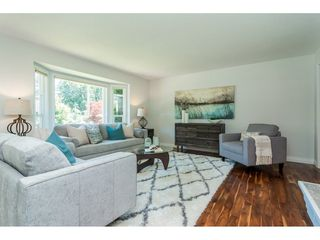 Photo 4: 3807 201A Street in Langley: Brookswood Langley House for sale : MLS®# R2278368