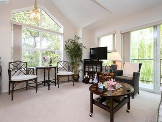 Photo 1: 304 1485 Garnet Road in VICTORIA: SE Cedar Hill Condo Apartment for sale (Saanich East)  : MLS®# 397589