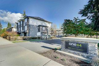 Photo 1: 36 5888 144 Street in Surrey: Sullivan Station Townhouse for sale : MLS®# R2319624