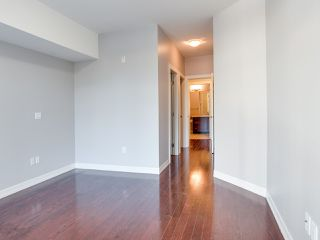 "Photo 10: 316 10237 133 Street in Surrey: Whalley Condo for sale in ""ETHICAL GARDENS"" (North Surrey)  : MLS®# R2322392"