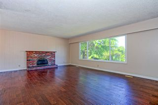 Photo 7: 5360 WALLACE Avenue in Delta: Pebble Hill House for sale (Tsawwassen)  : MLS®# R2325851