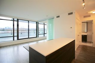 """Photo 5: 505 2378 ALPHA Avenue in Burnaby: Brentwood Park Condo for sale in """"MILANO"""" (Burnaby North)  : MLS®# R2326789"""