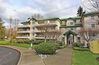 Main Photo: 445 2750 FAIRLANE Street in Abbotsford: Central Abbotsford Condo for sale : MLS®# R2330268